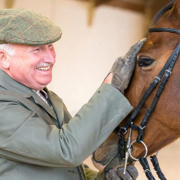Haltung, Ernährung und Pflege des Pferdes